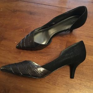Papell Metallic and Black Pumps